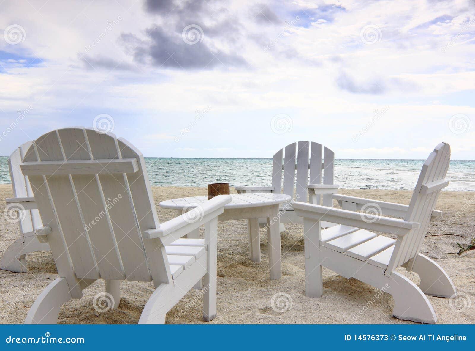 Sillas de playa imagen de archivo imagen de arenoso 14576373 - Silla de playa ...