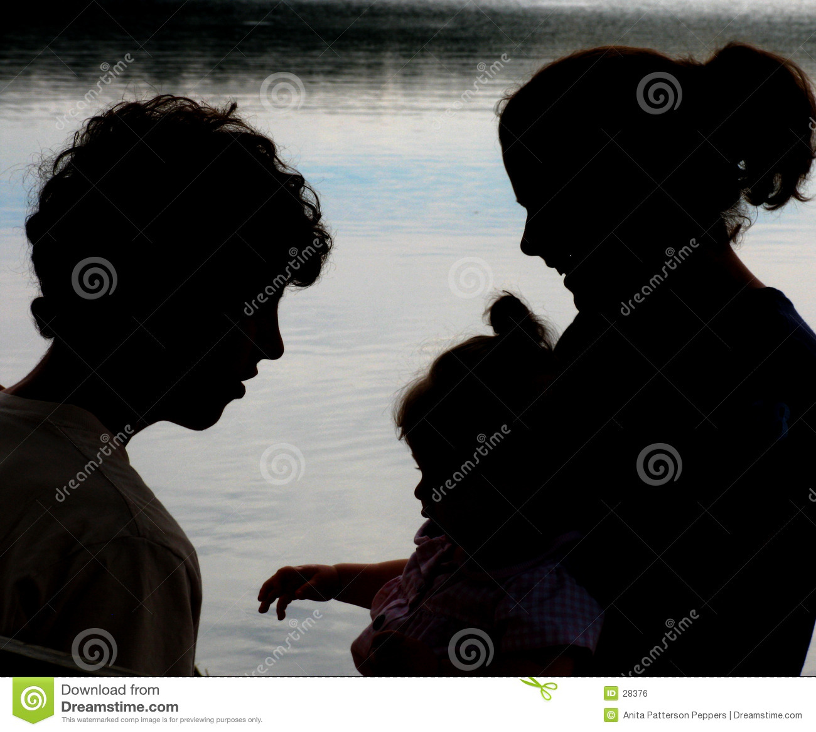 Download Silueta de la familia foto de archivo. Imagen de familia - 28376