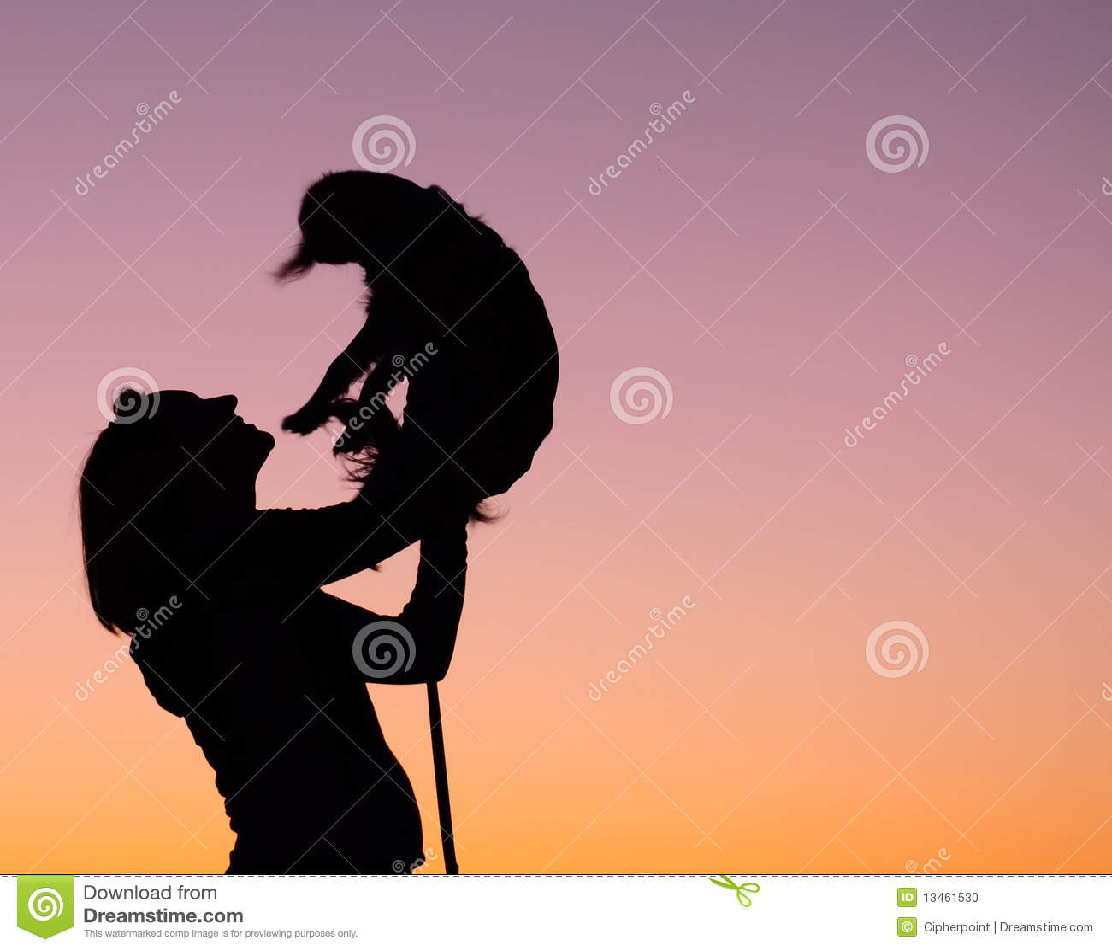 Silueta de la mujer y del perro