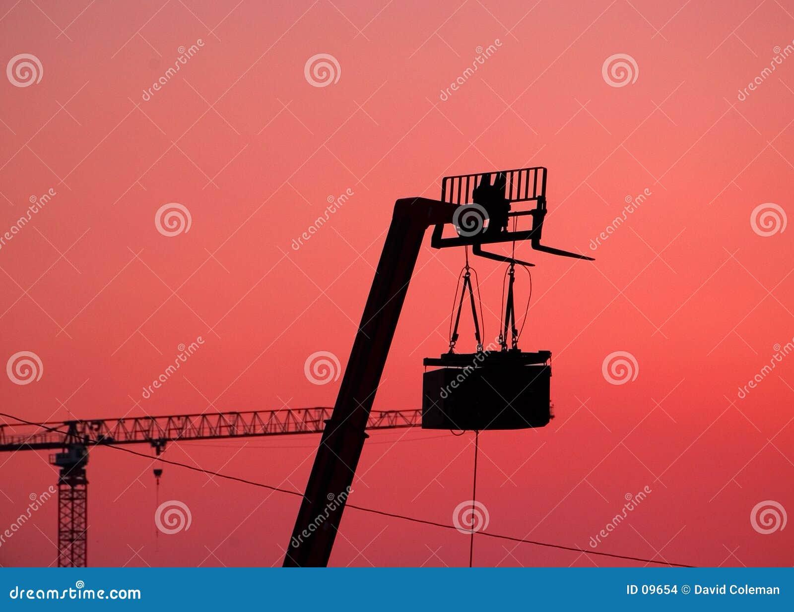 Silueta de los altavoces y de la elevación