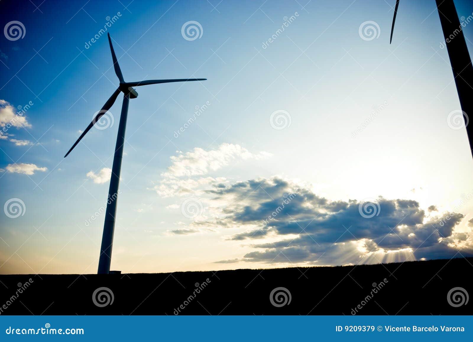 Silueta del molino de viento
