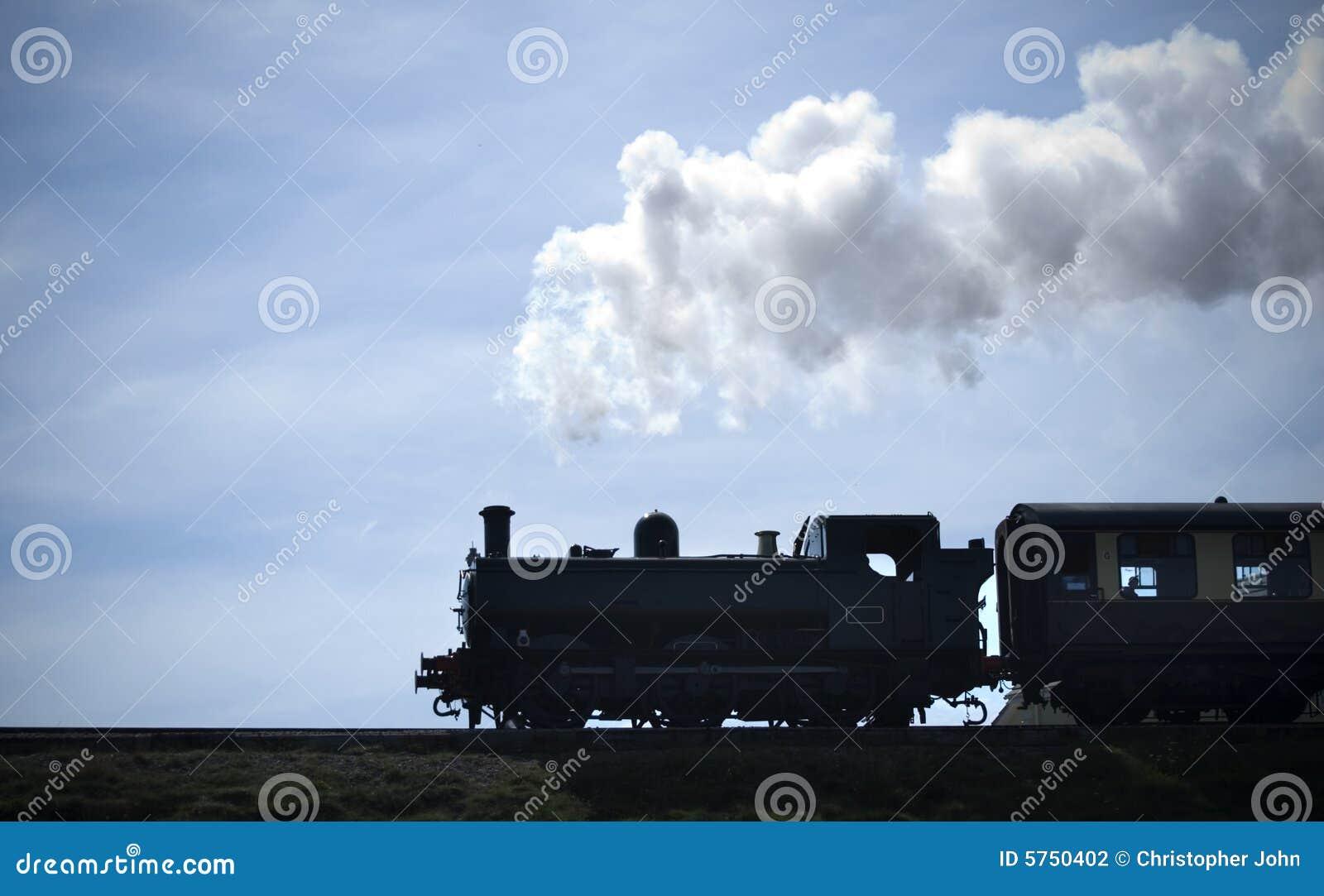 Silueta del tren del vapor