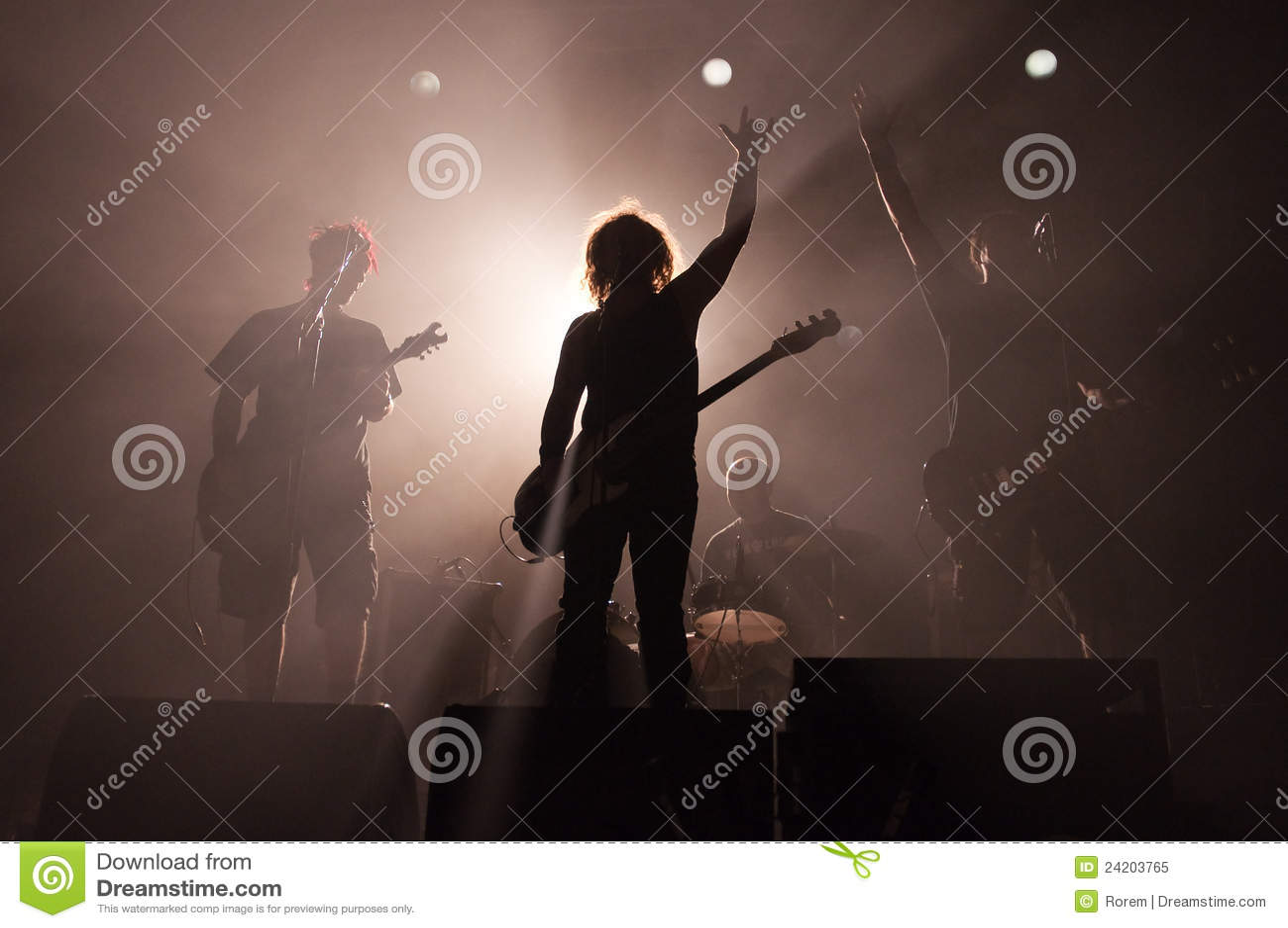 Siluetas de la banda de rock