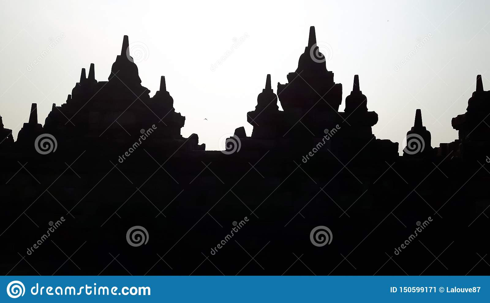 Siluetta del tempio di Borobudur