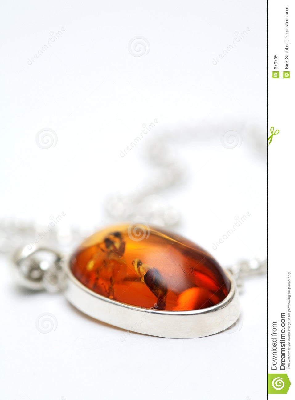 Silver necklace with Amber inlay