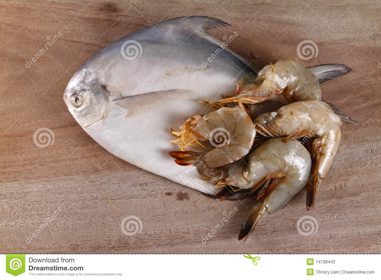 Silver Pomgfret Fish And Prawns Stock Photo - Image of