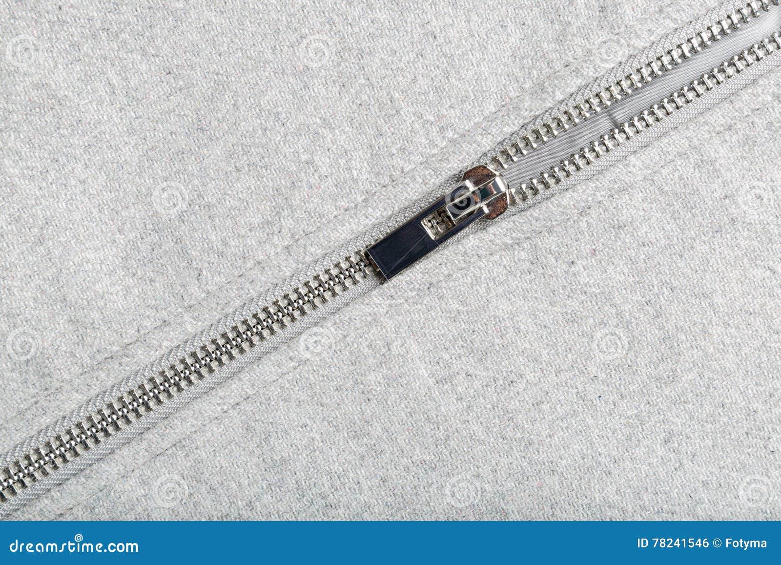 Silvervinande på woolen tyg