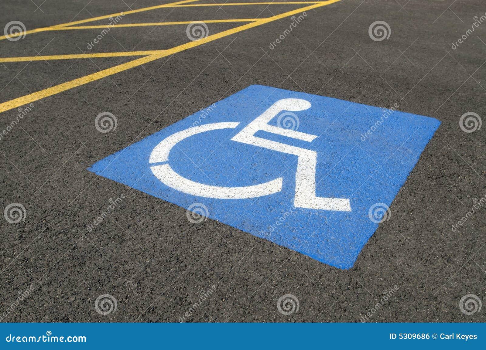 Download Simbolo Di Parcheggio Andicappato Fotografia Stock - Immagine di disabled, traffico: 5309686