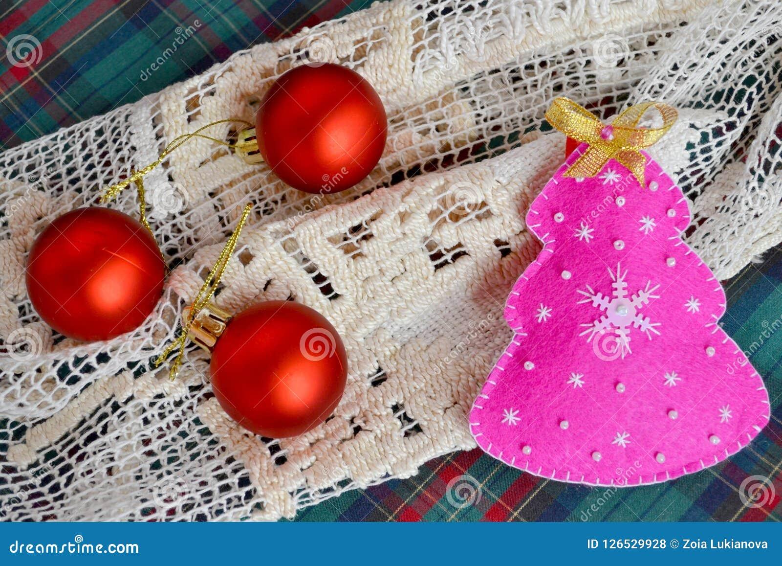 Elegant Handmade Christmas Ornaments.Handmade Felt Christmas Tree Children Crafts Funny Felt
