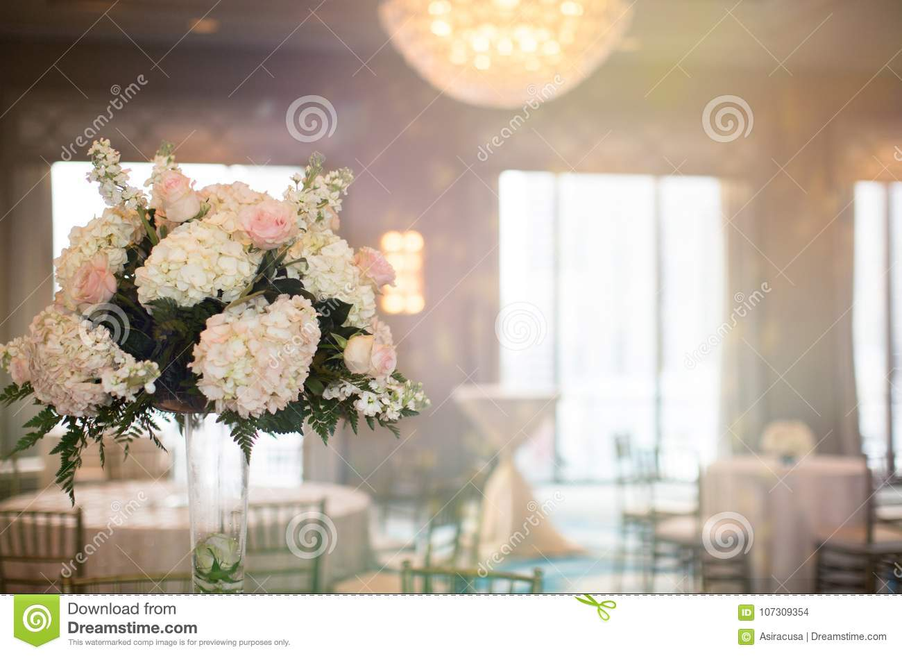 Simple Pink And White Rose Vase Table Arrangement Stock Photo ...