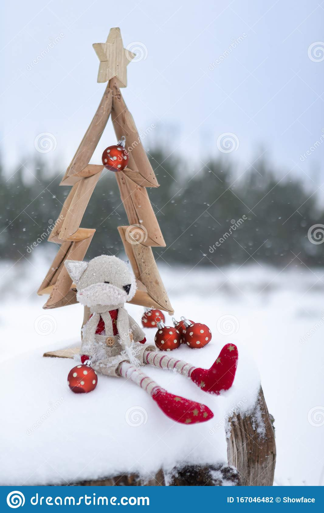 Simple Christmas Tree In Snow With Baubles And Christmas Decorat Stock Photo Image Of Festive Cold 167046482