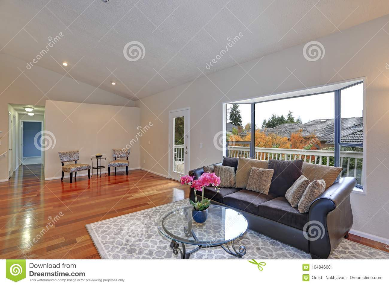 Simple Rustic Living Room Design Stock Image Image Of Floor Architecture 104846601
