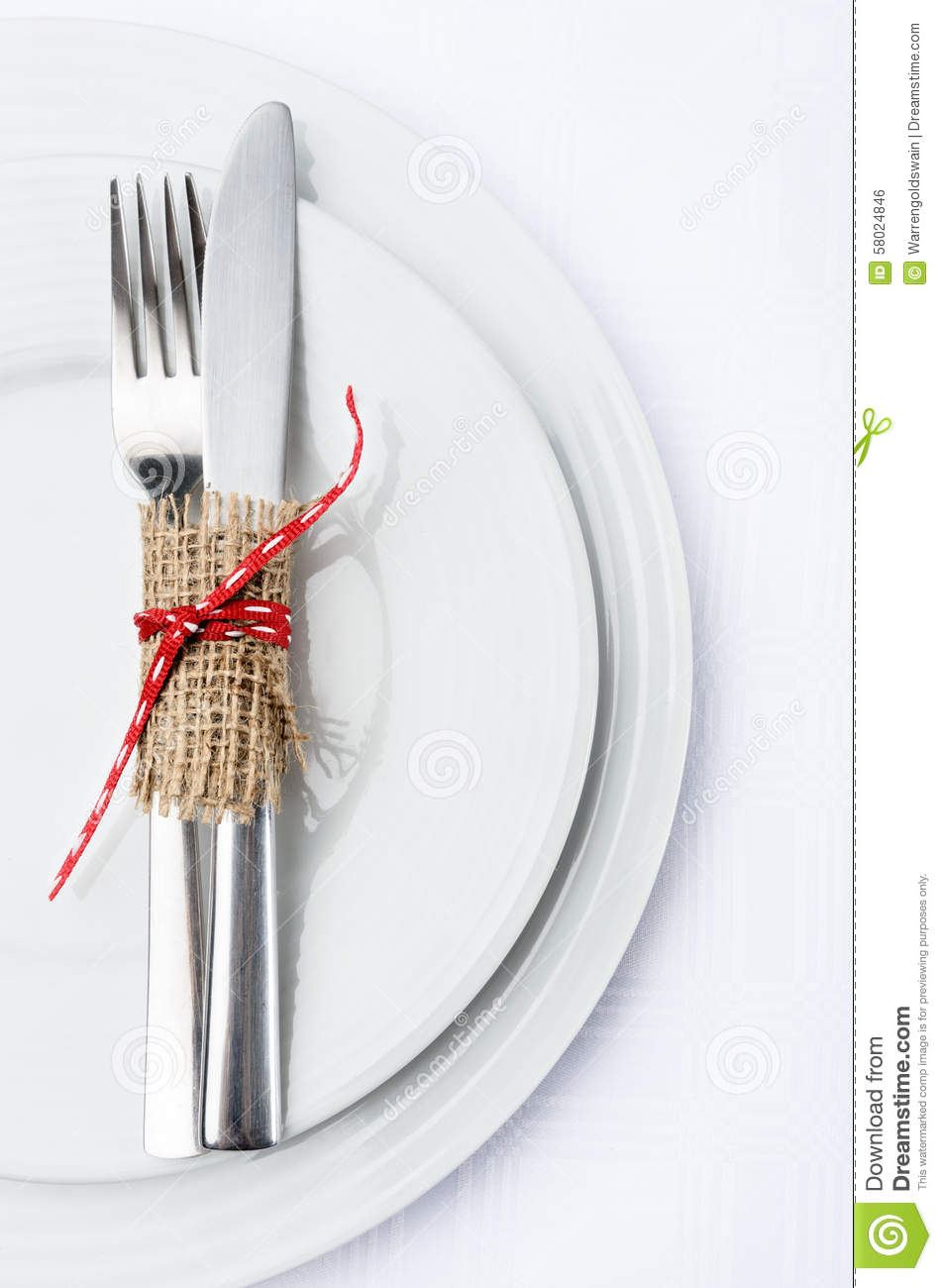 Simple table setting with white plates and silverware  sc 1 st  Dreamstime.com & Simple Table Setting With White Plates And Silverware Stock Photo ...