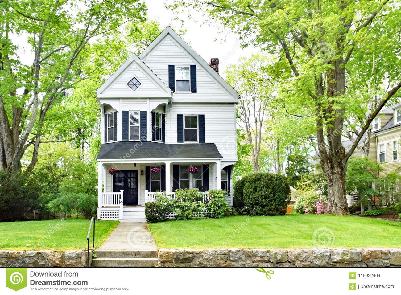 Simple Victorian Home