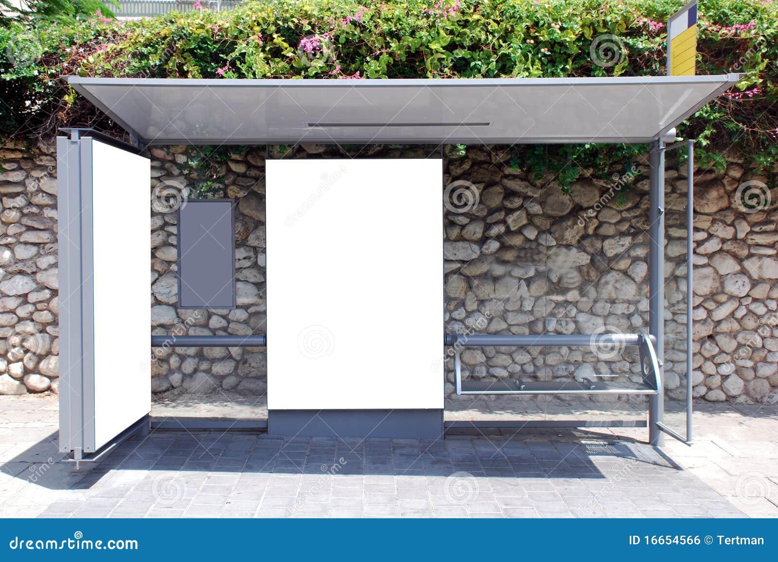 Sinal branco do paragem do autocarro