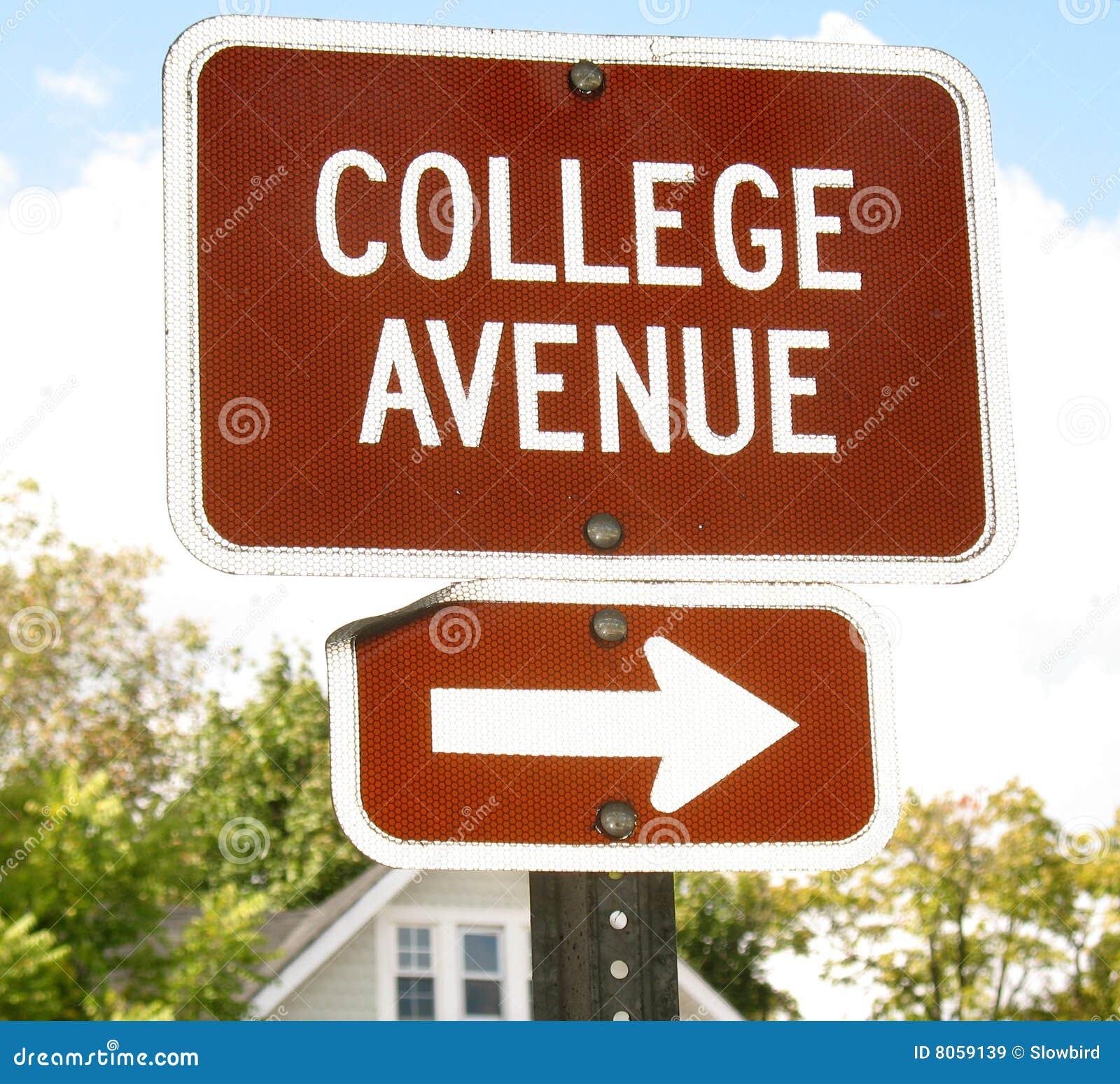 Sinal da avenida da faculdade