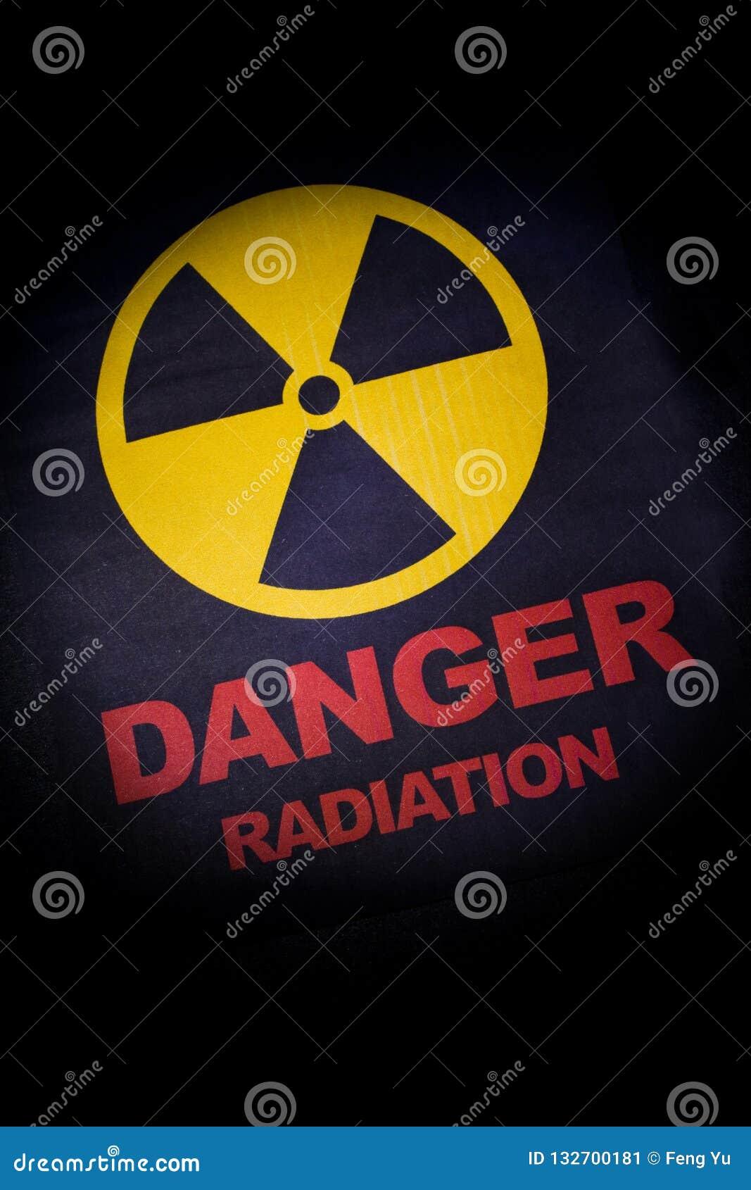Sinal de perigo da radiação