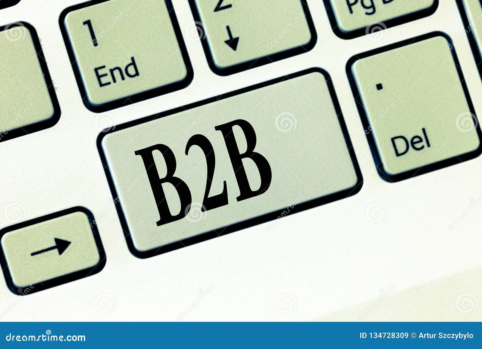 Sinal do texto que mostra B2B Troca conceptual da foto da informação de serviços dos produtos entre o comércio eletrónico dos neg