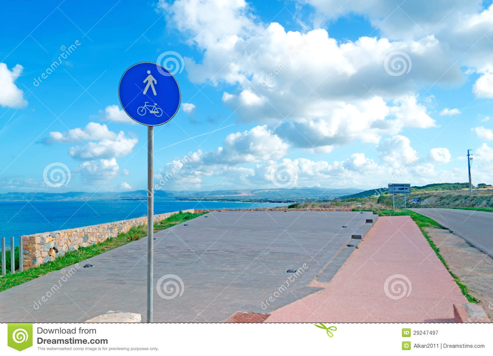 Download Sinal pelo mar imagem de stock. Imagem de coastline, aberto - 29247497
