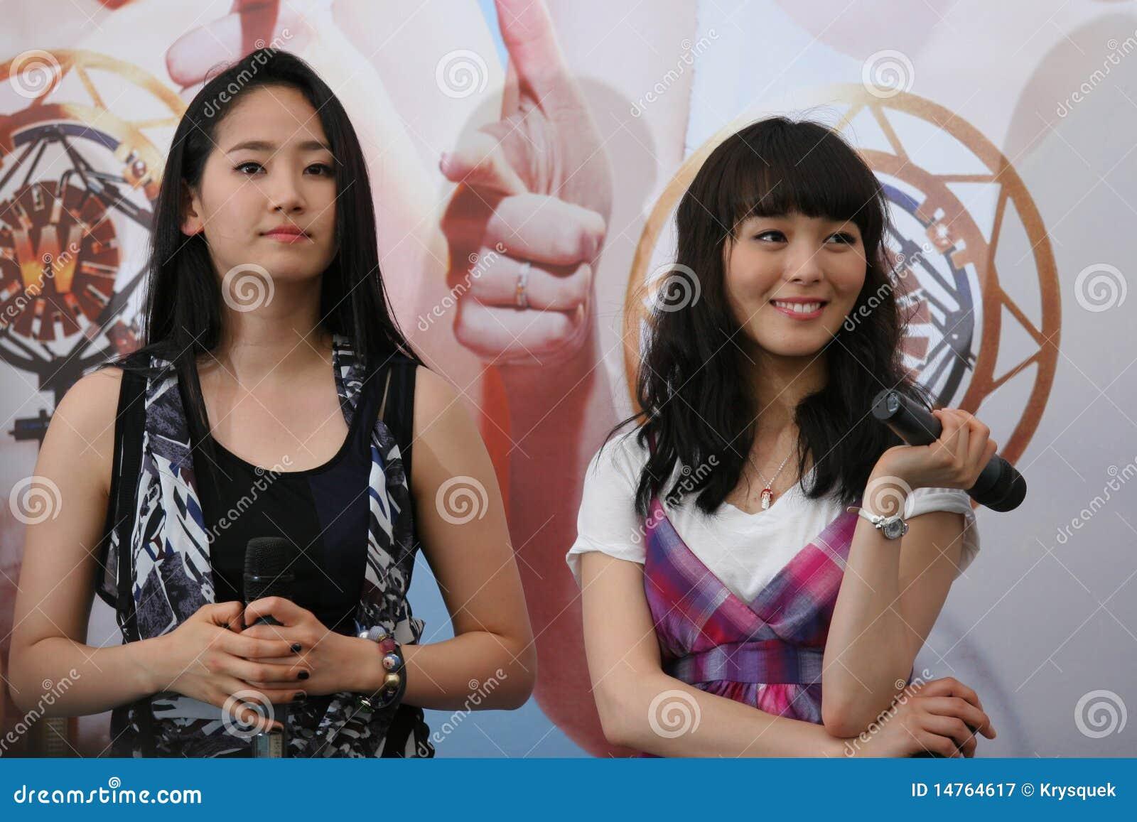 Singapore för 14 flickor under