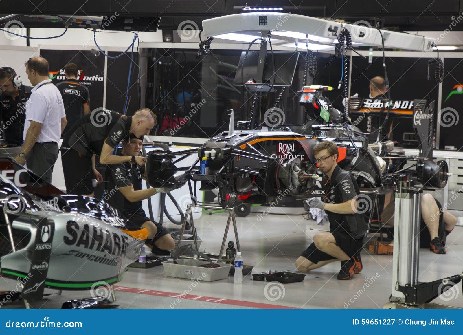 Singapore Formula 1 Qualifying Race Editorial Photography