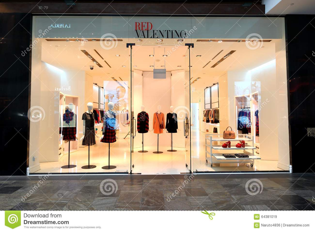 valentino shops in singapore 6am. Black Bedroom Furniture Sets. Home Design Ideas