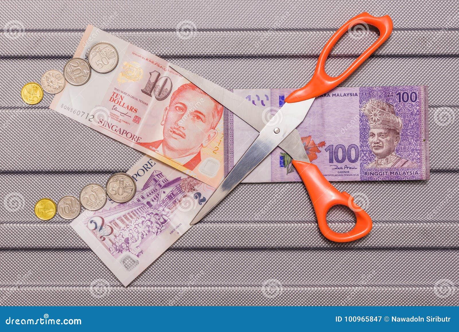 Singapur Dollar Und Münzen Auf Währung Des Malaysischen Ringgit