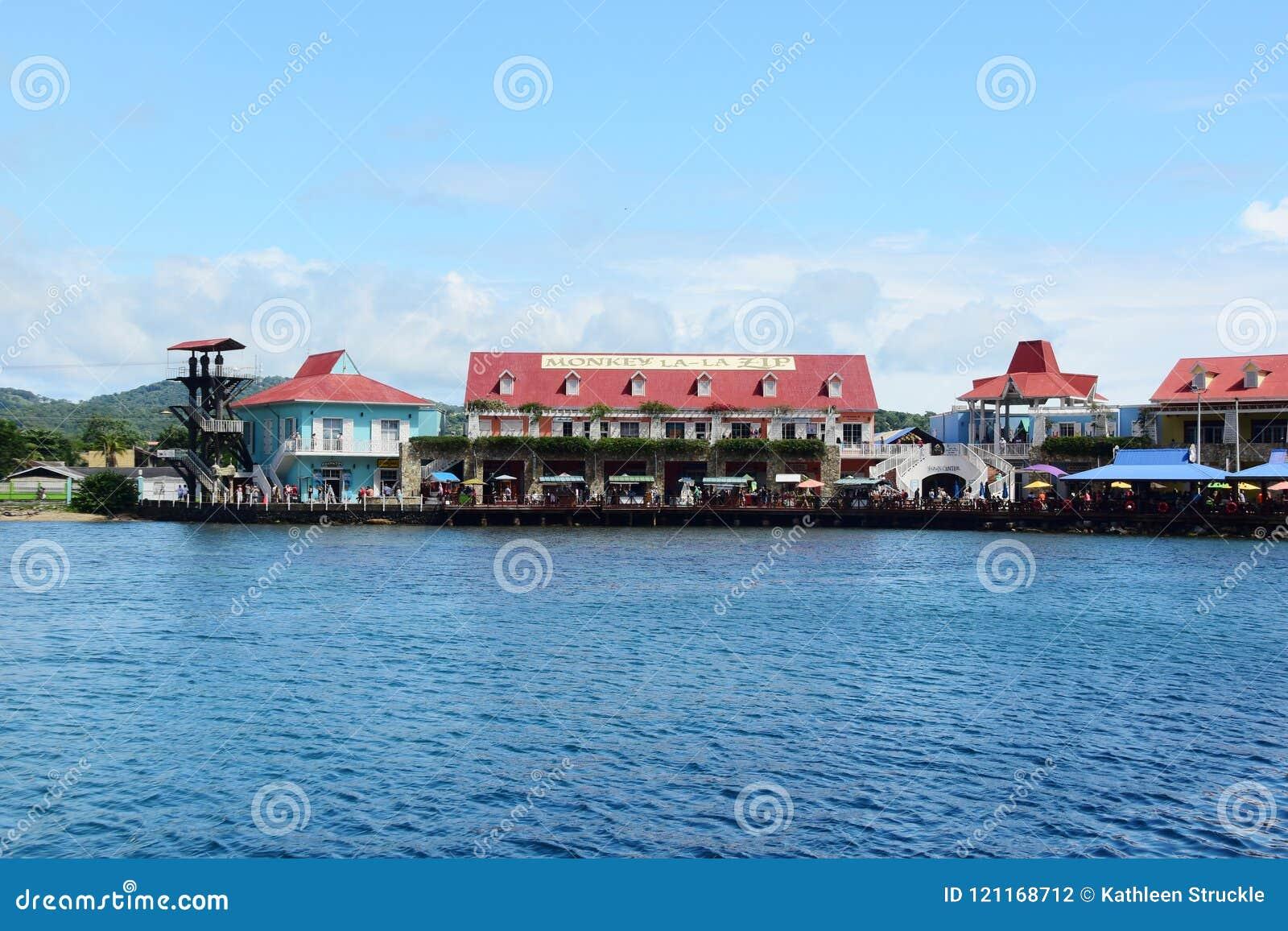 Singe LaLa Zip Hotel In Honduras