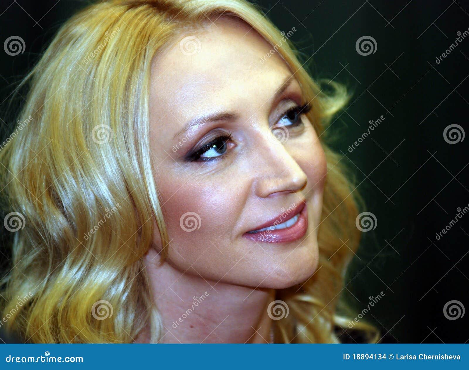 Beauty Christina Orbakaite struck by the similarity with Pugacheva on the new photo 03/02/2018 24