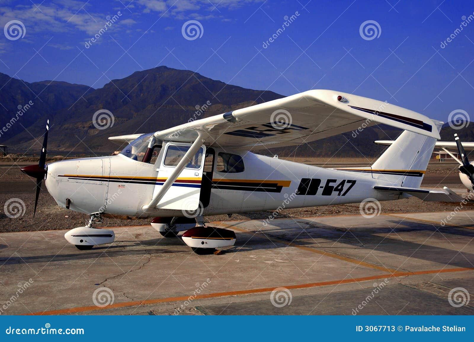 Single Engine Prop Plane Stock Photos - Image: 3067713