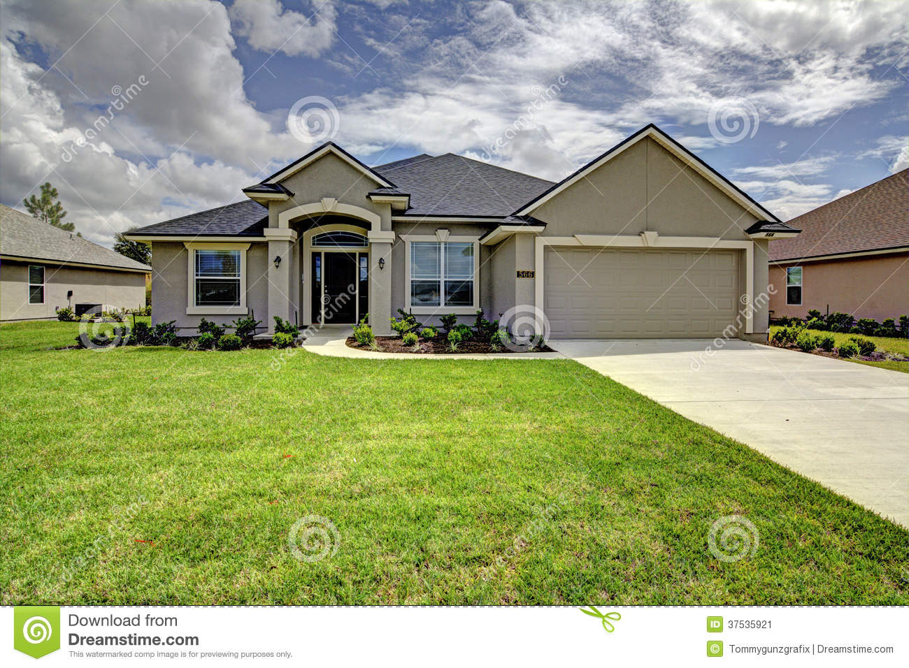 Single family home stock image image of contempary yard for What is family home