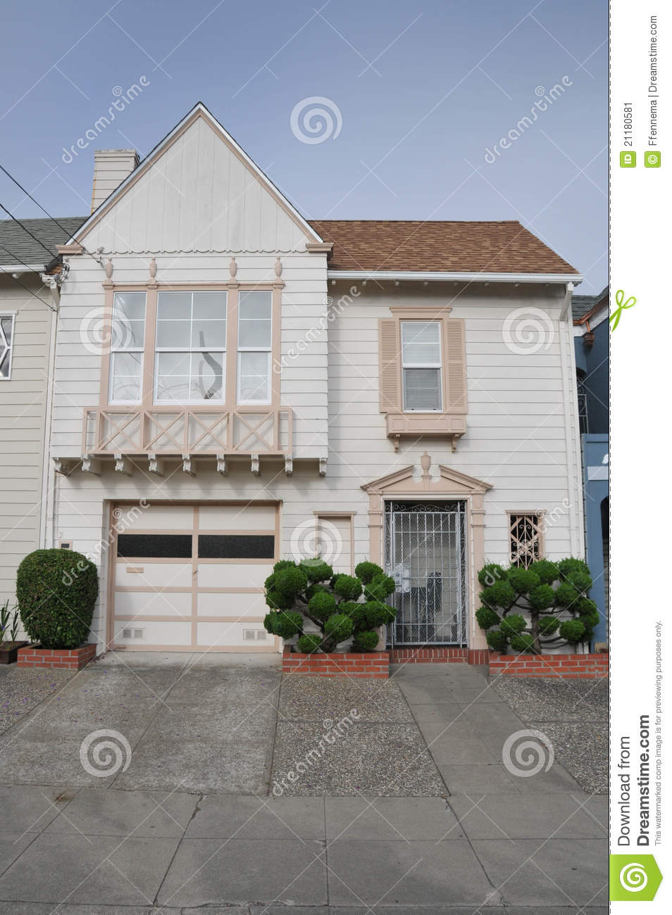 Single family house two storys with garage