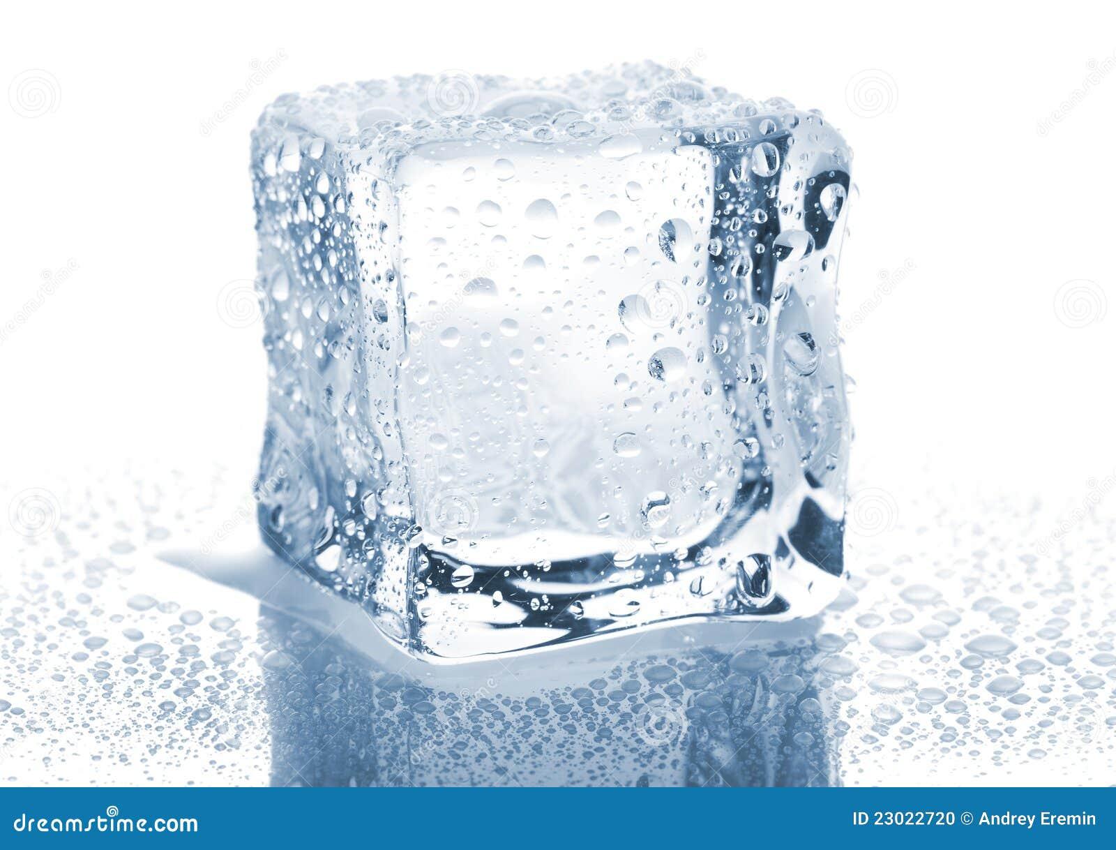 Single ice cube