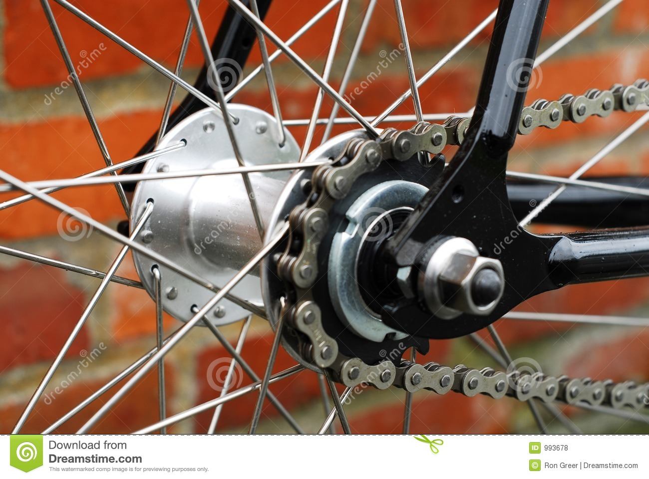 how to open a bike chain fixie