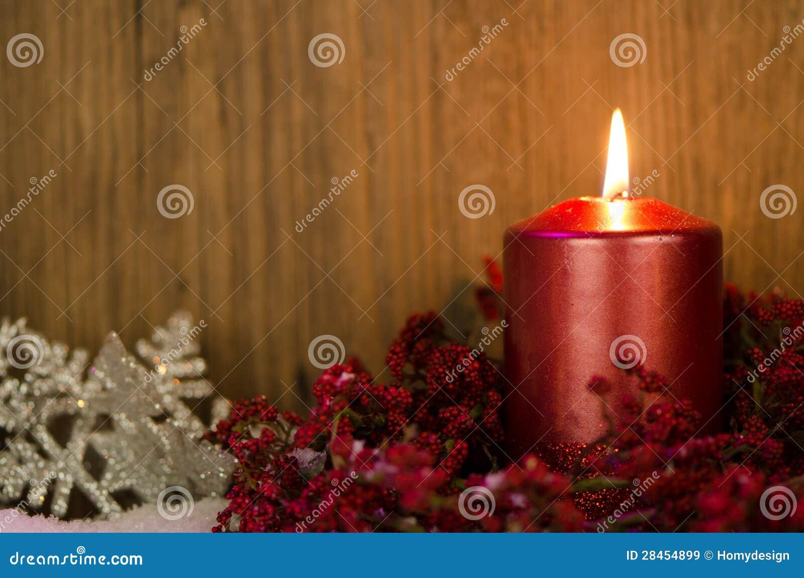 Decorare Candele Di Natale : Singole candele di decorazione di natale immagine stock immagine