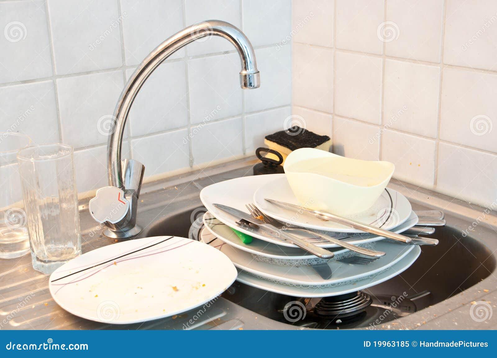 Kitchen Sink Water Dirty