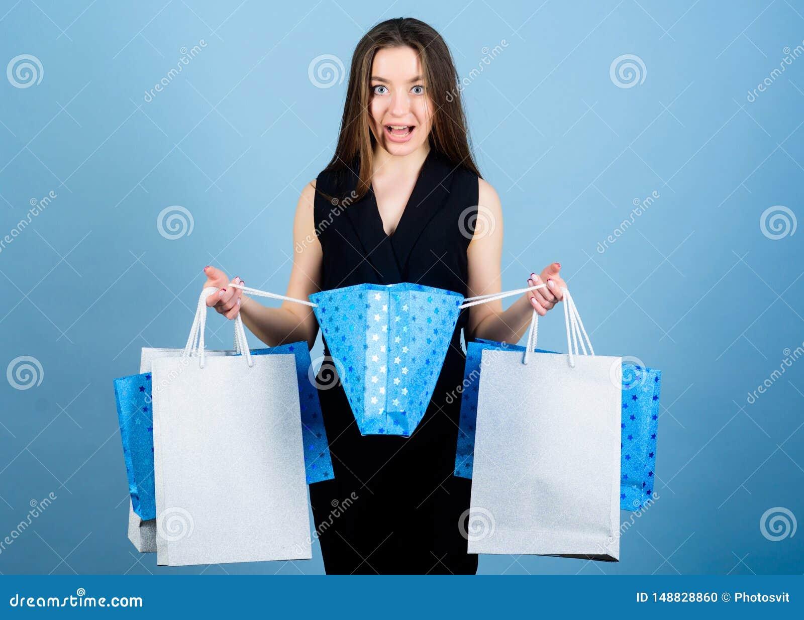 Sinnlig packe f?r kvinnah?llk?p h?rligt dimensionellt diagram illustration som f?r p?se 3d mycket shoppar tre Stora f?rs?ljningar