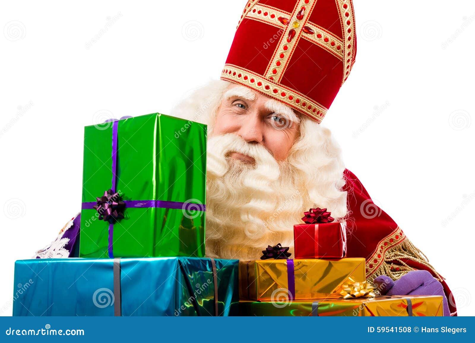 Sinterklaas montrant des cadeaux