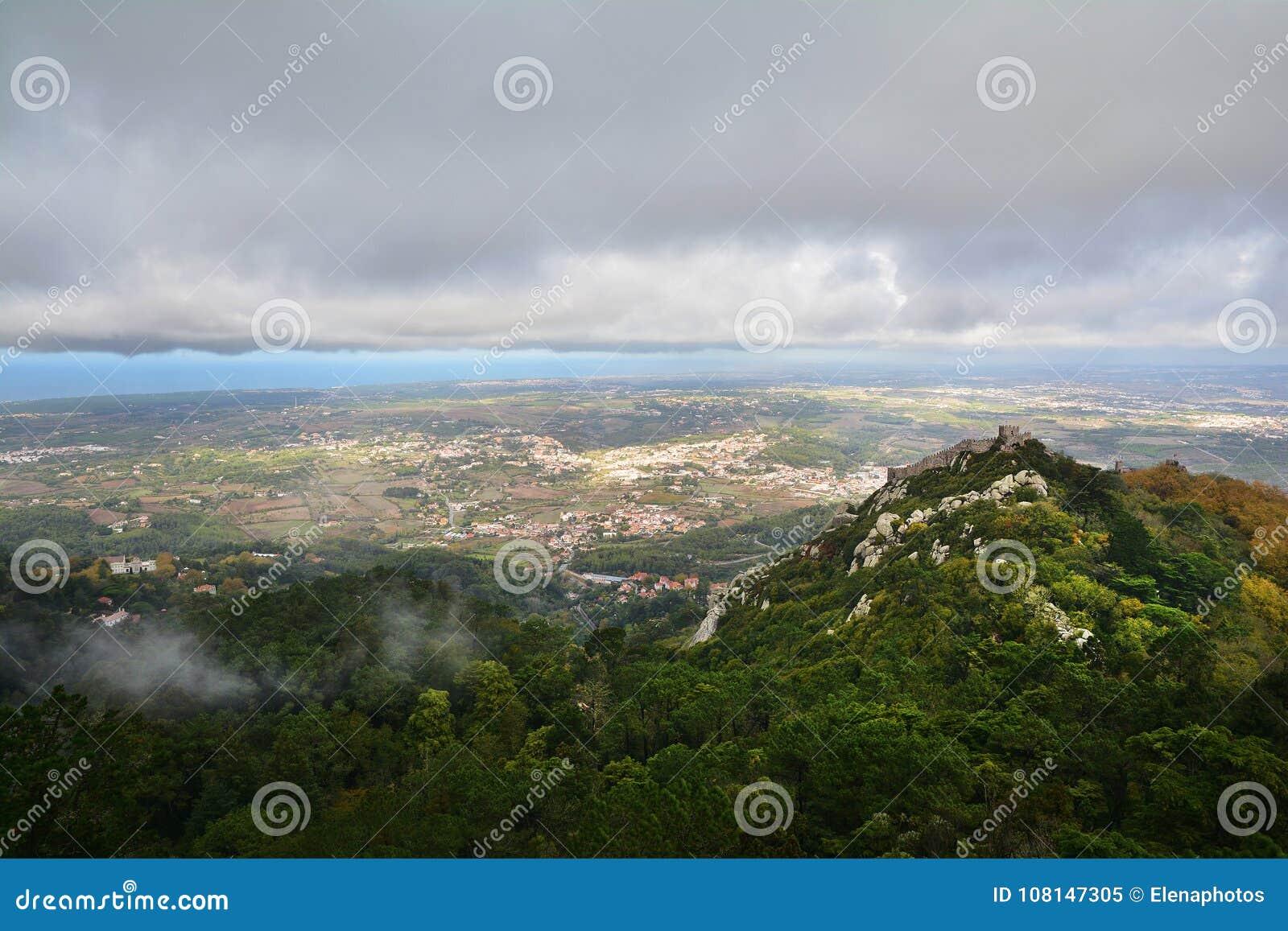 Sintra, взгляд сверху, Португалия