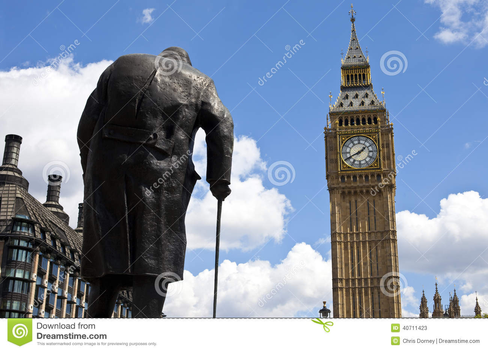 Sir Winston Churchill Big Ben w Londyn i statua