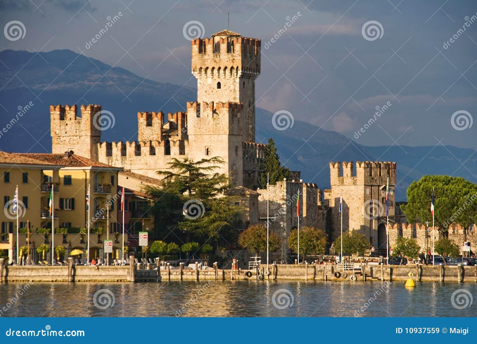Sirmione замока