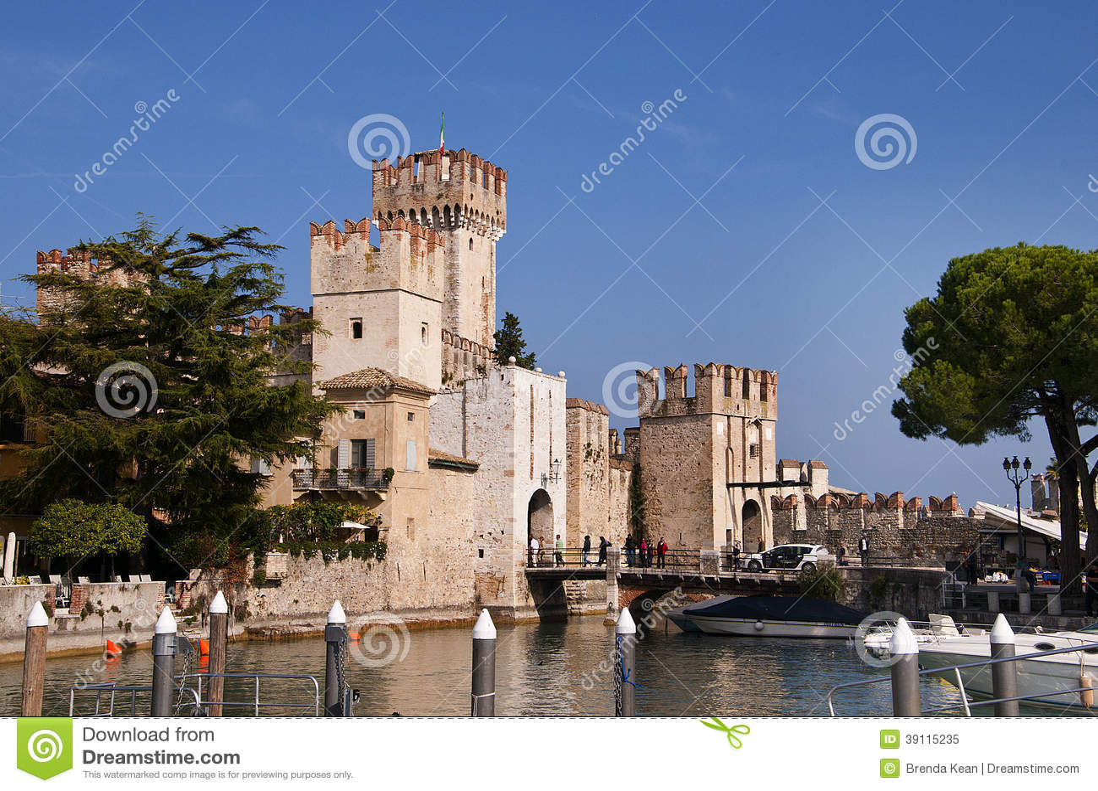 Sirmionekasteel op Meer Garda Italië