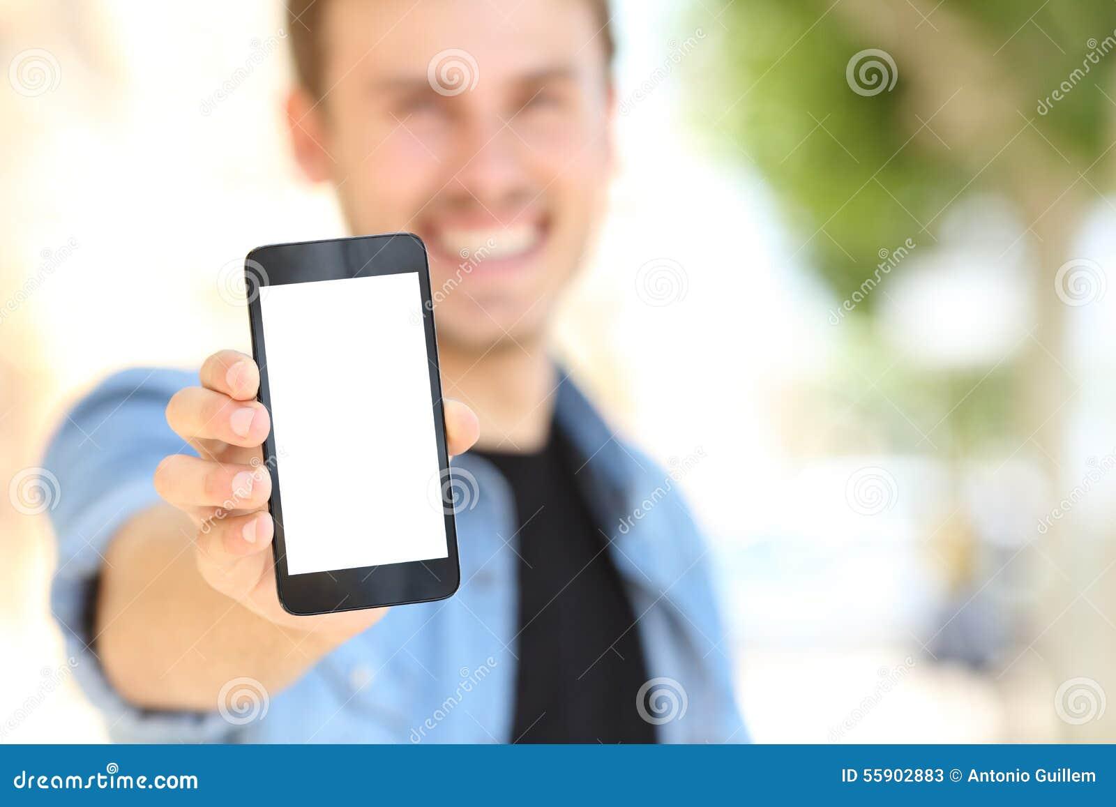 Sirva mostrar una pantalla en blanco del teléfono en la calle