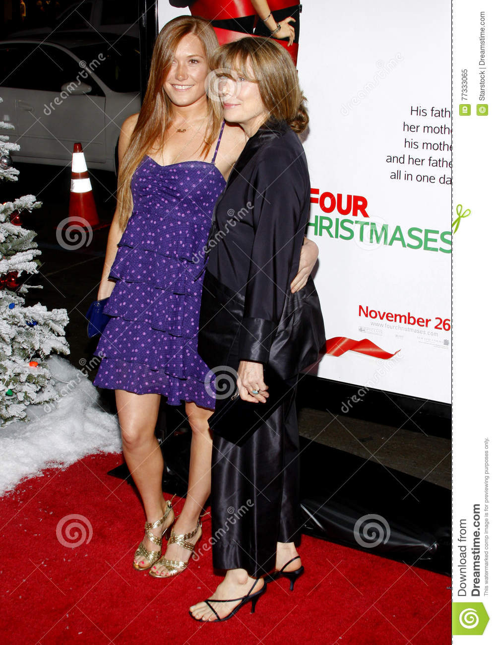 Sissy Spacek at the World Premiere of `Four Christmases` held at the  Grauman`s Chinese Theater, Hollywood.