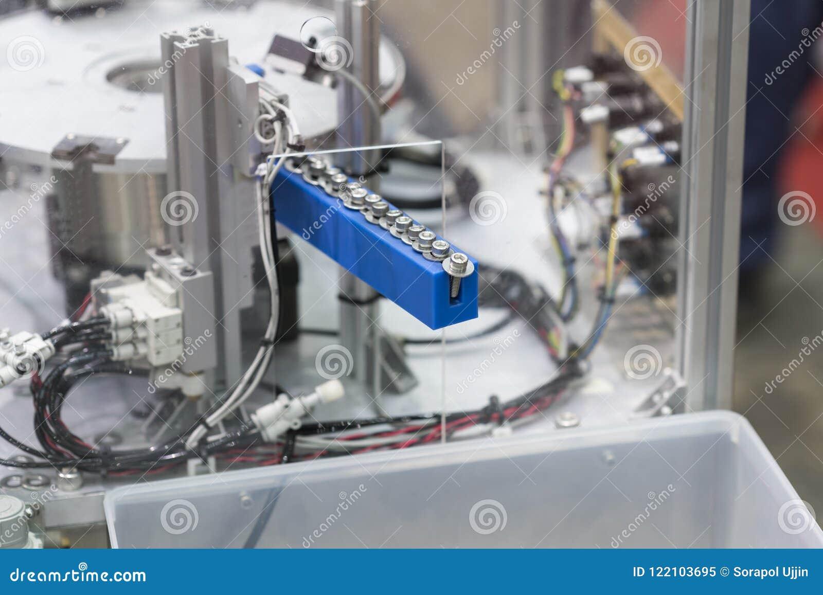 Sistema a alta tecnologia di automazione per la fabbrica industriale di aut
