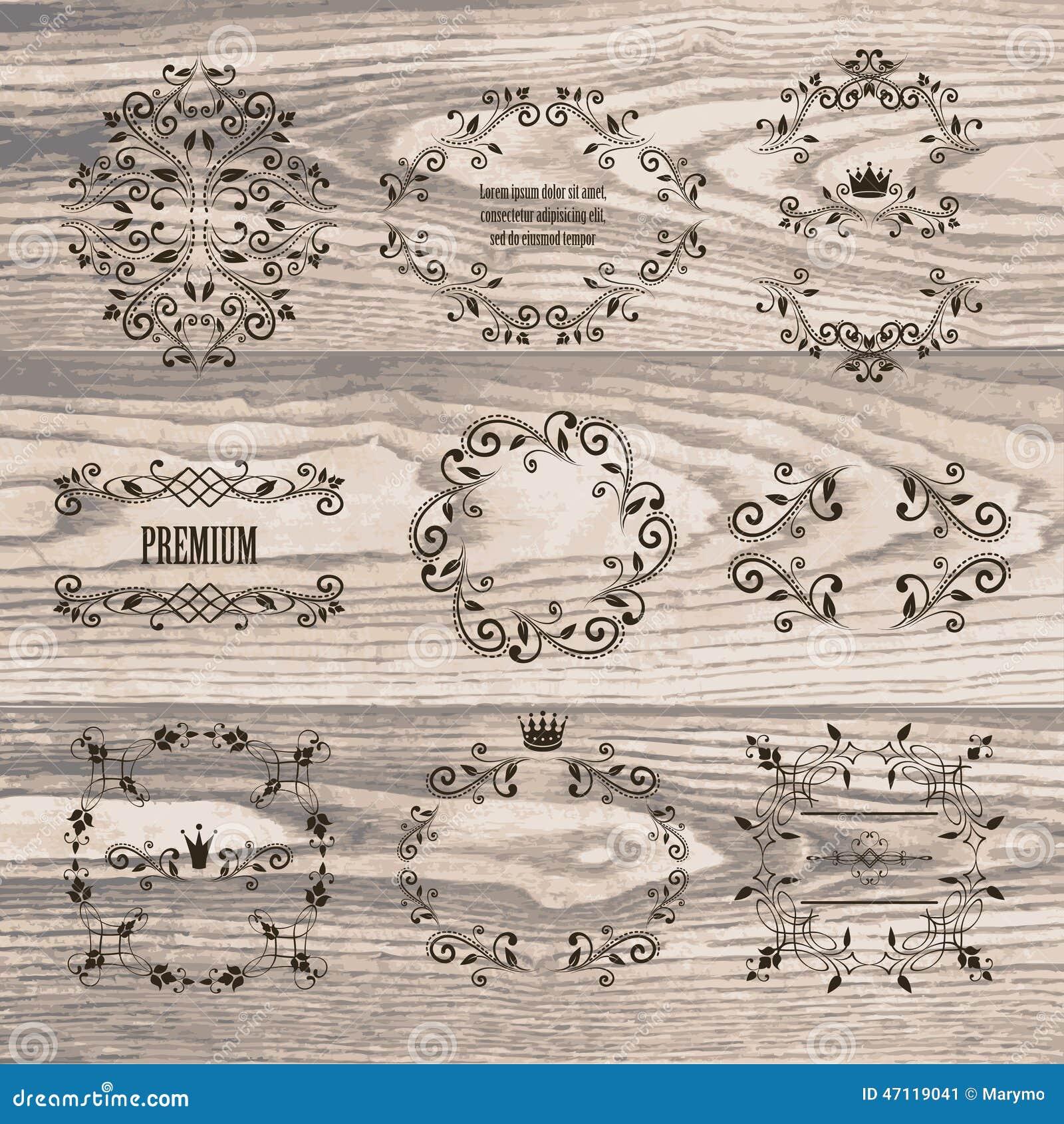 Sistema de bastidores ornamentales con las coronas en textura de madera natural