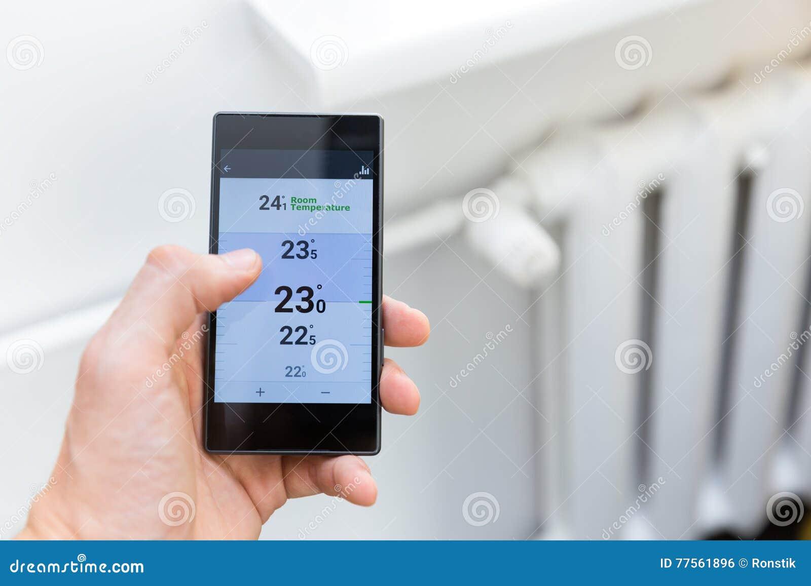 Sistema de controlo da temperatura de aquecimento da casa com telefone esperto