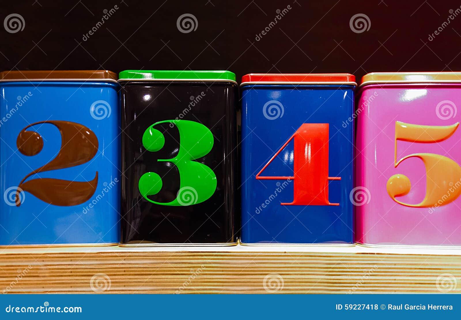 Download Sistema De Cuatro Cajas Coloridas Foto de archivo - Imagen de moderno, conjunto: 59227418