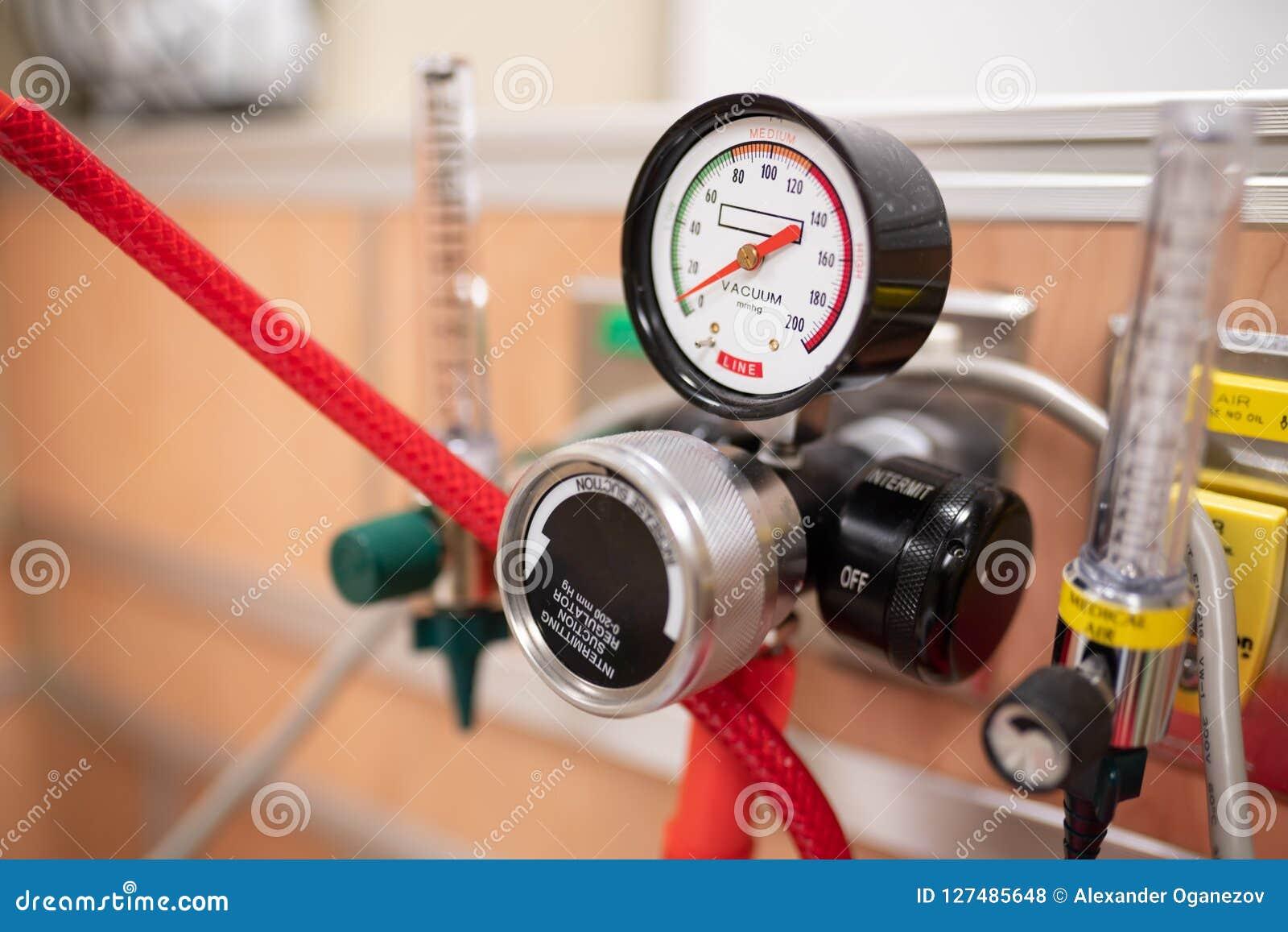 Sistema de envío del oxígeno en el hospital