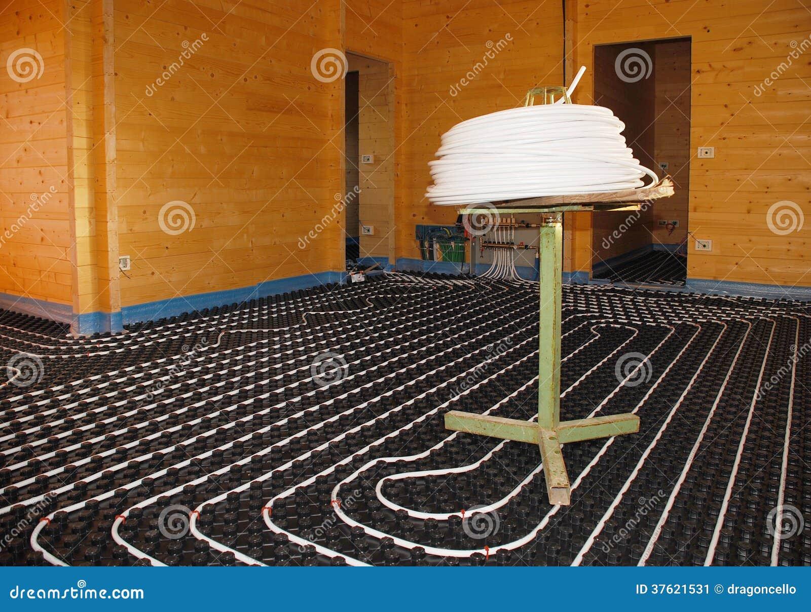 Sistema de la calefacci n por el suelo en casa de madera - Calefaccion por el suelo ...